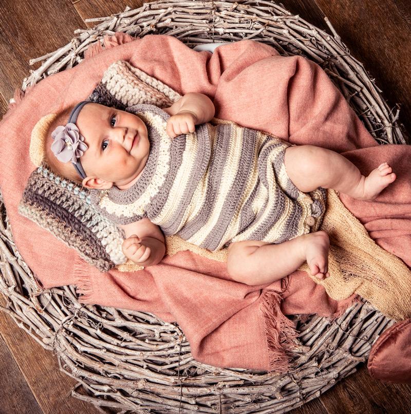 Baby Fotoshooting pink in Nest - Sabrina's Fotostudio in Hamminkeln, zwischen Wesel und Bocholt am Niederrhein