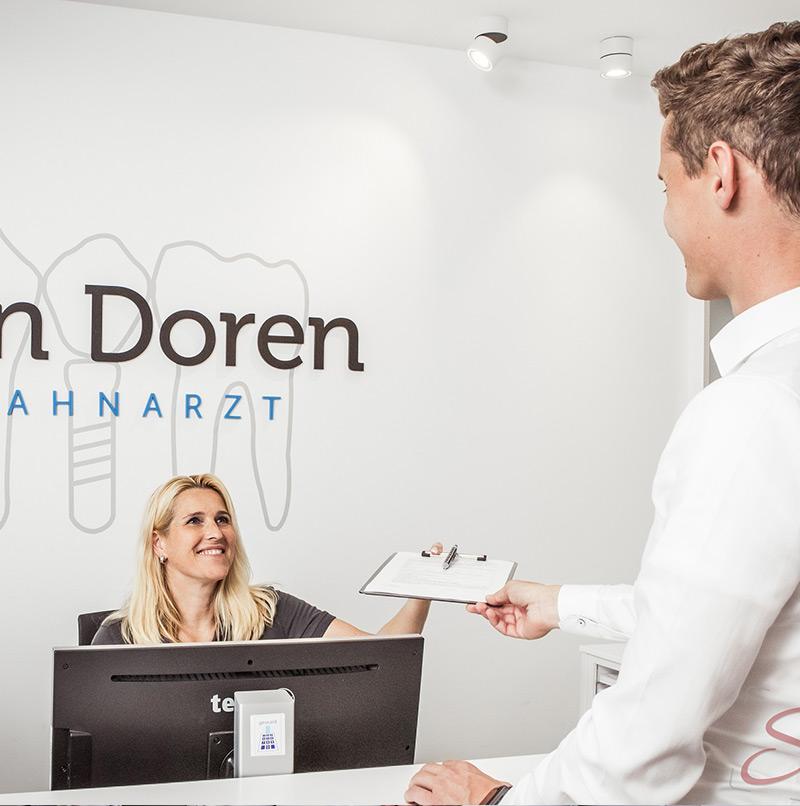 Zahnarzt Fotoshooting Empfangsbereich - Sabrina's Fotostudio in Hamminkeln, zwischen Wesel und Bocholt am Niederrhein